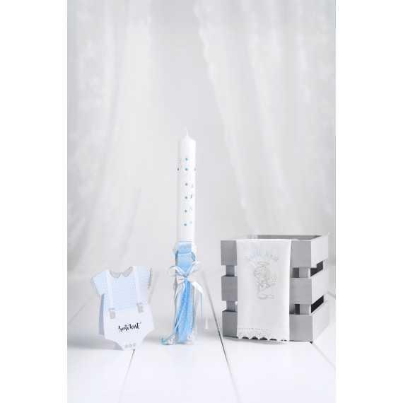 Komplet okrogla krstna sveča beli leseni metuljček + krstni prtiček angel moli + voščilnica bodi